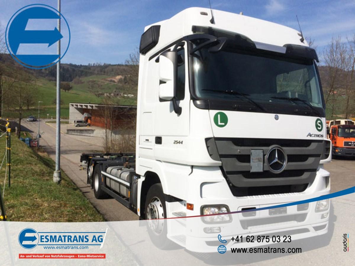 FRAN6306_882906 vehicle image