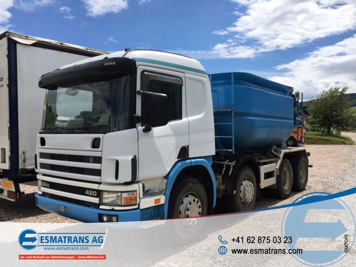 FRAN6306_882920 vehicle image