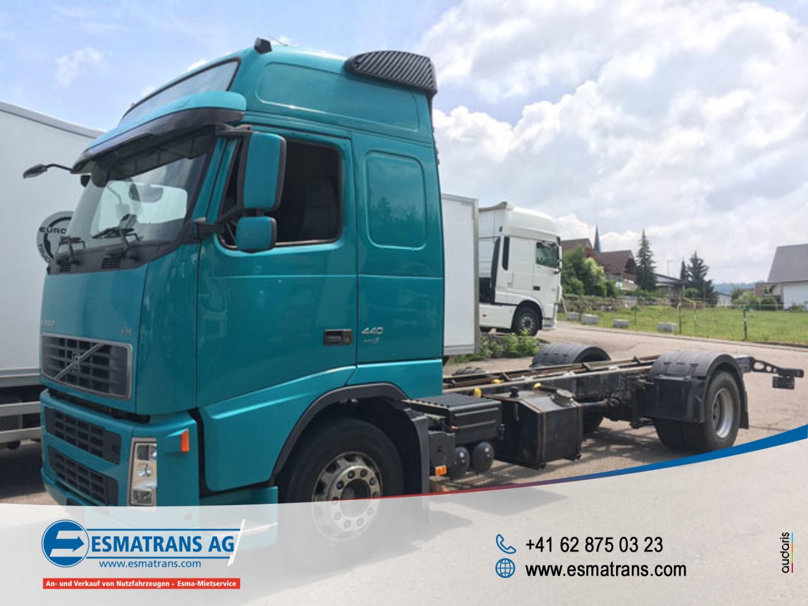 FRAN6306_882794 vehicle image