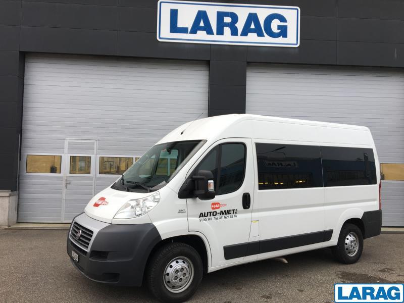 LARA4267_1073121 vehicle image
