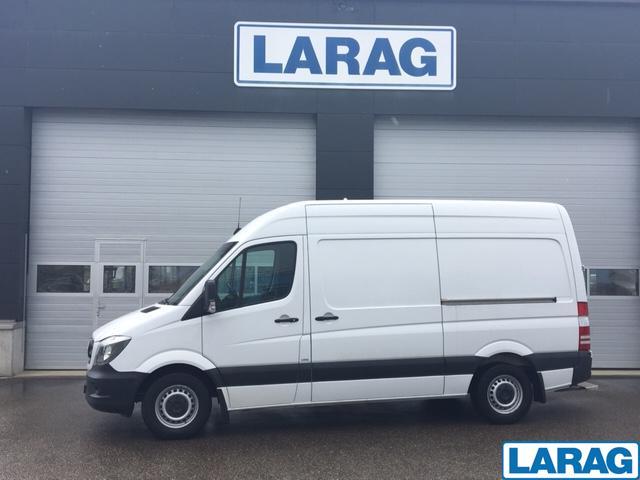 LARA4267_1073105 vehicle image