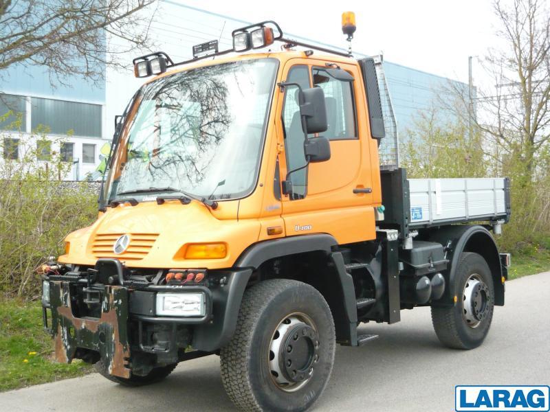 LARA4267_1016620 vehicle image