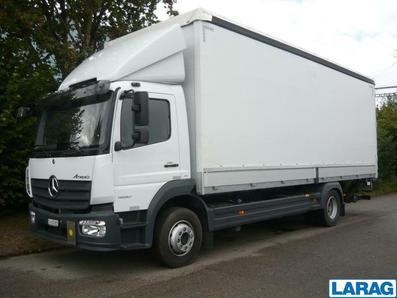 LARA4267_1341009 vehicle image