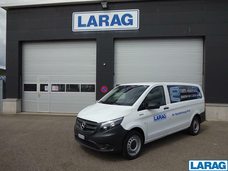 LARA4267_1341011 vehicle image