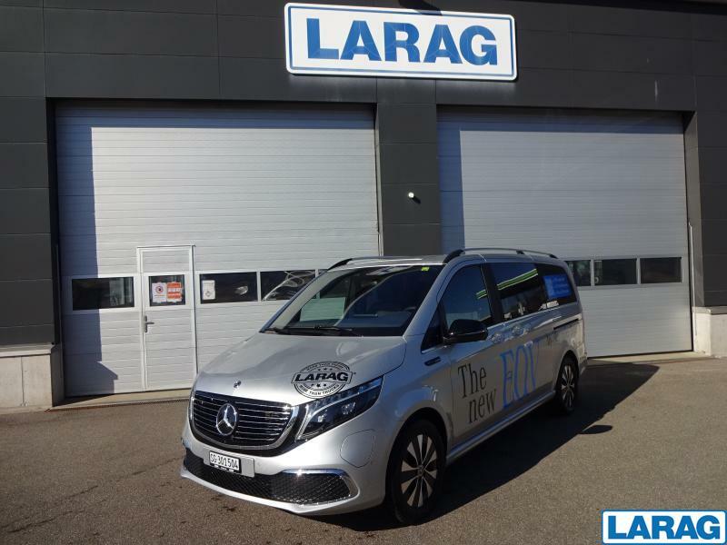 LARA4267_1341030 vehicle image