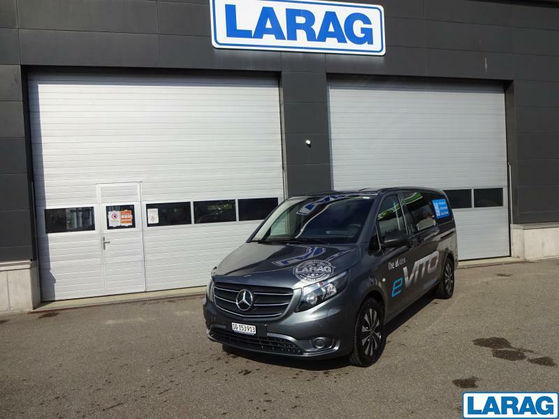 LARA4267_1341032 vehicle image
