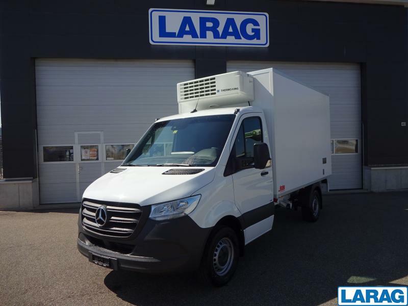 LARA4267_1401071 vehicle image