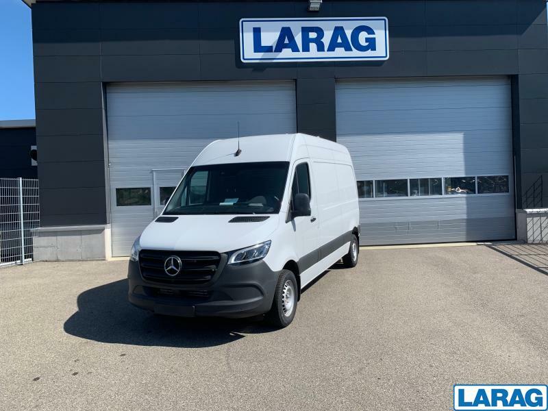 LARA4267_1060252 vehicle image