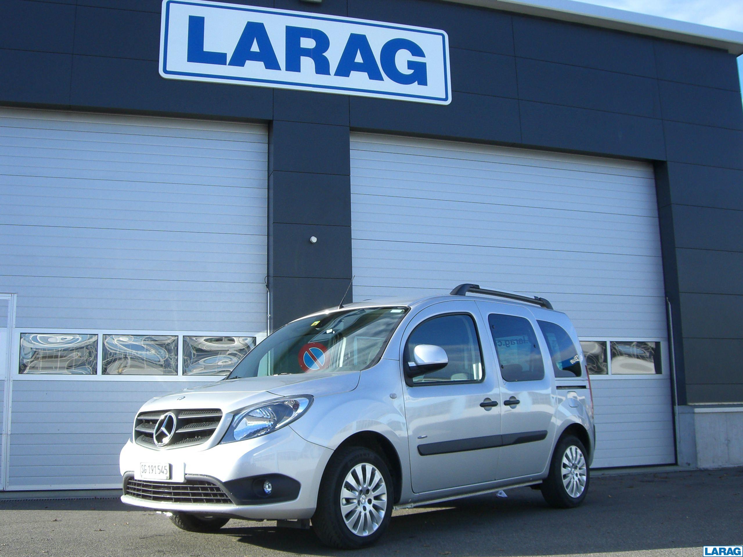 LARA4267_1016609 vehicle image